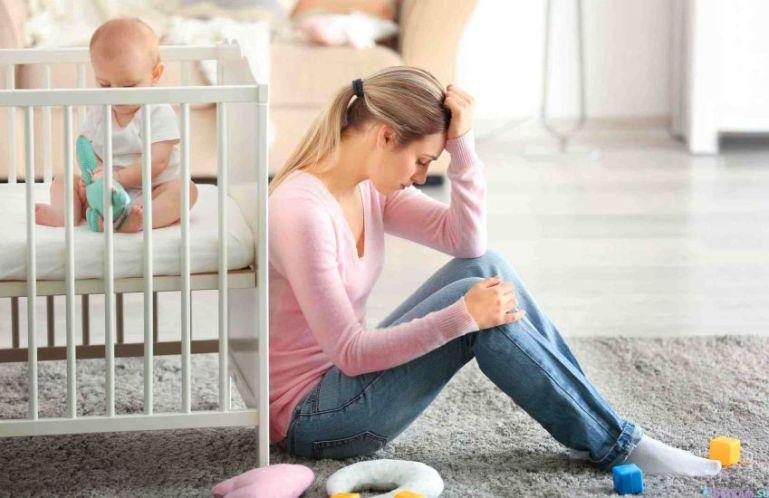 Как побороть депрессию после беременности?
