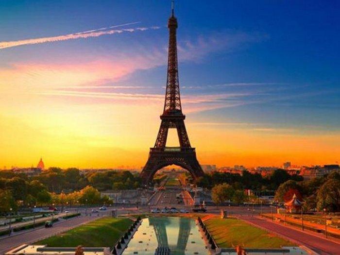 Покупаем авиабилеты во Францию?