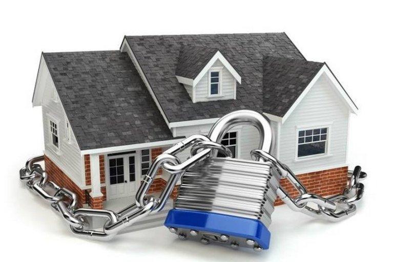 Как защитить свою квартиру от посторонних