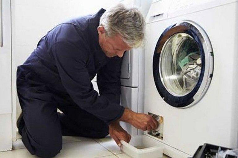 Эти 5 хитростей помогут сохранить вашу стиральную машинку в чистом, ухоженном и сверкающем виде
