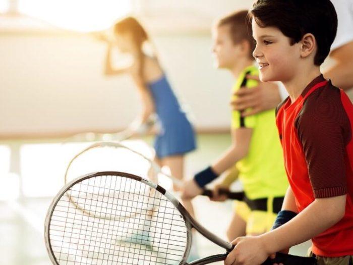 В какую спортивную секцию можно отдать ребенка?