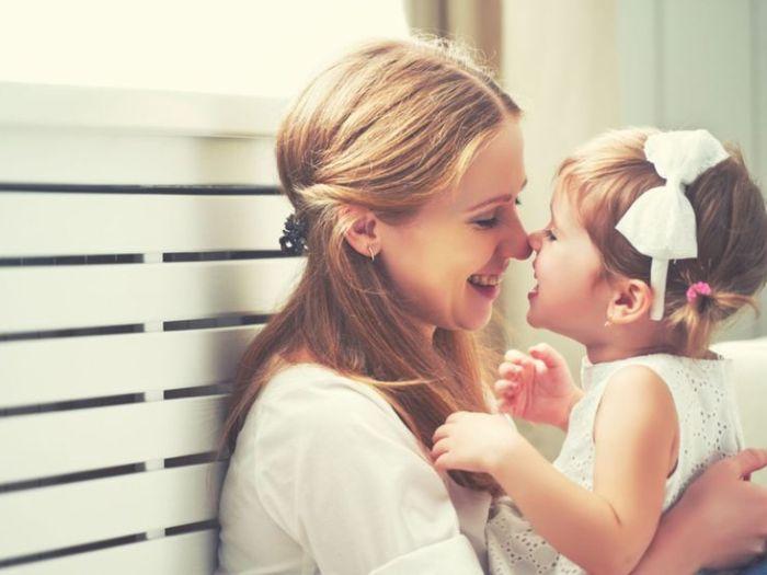 Ученые доказали, что мамы больше любят дочек, а папы – сыновей
