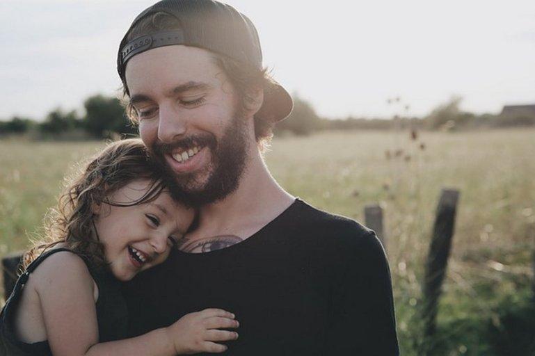 Почему так важна любовь родителей к детям