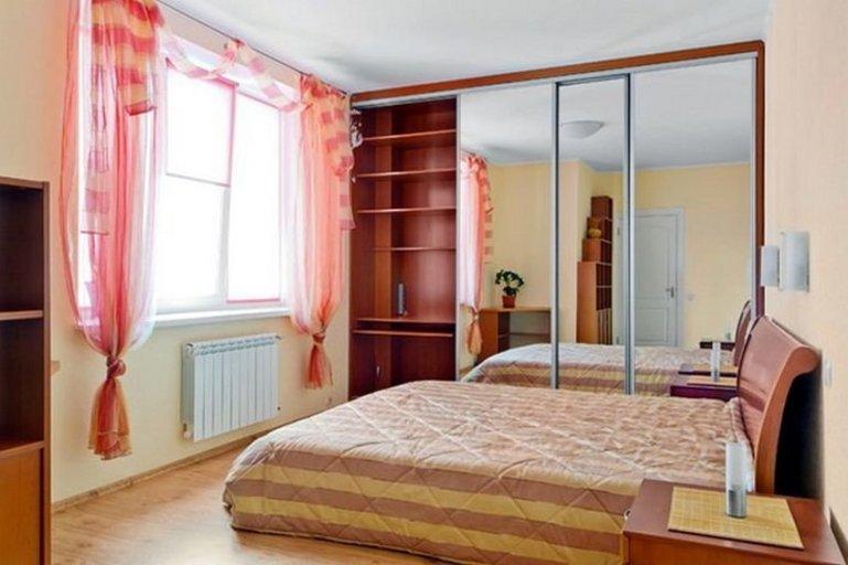 Как выбрать шкаф для маленькой квартиры
