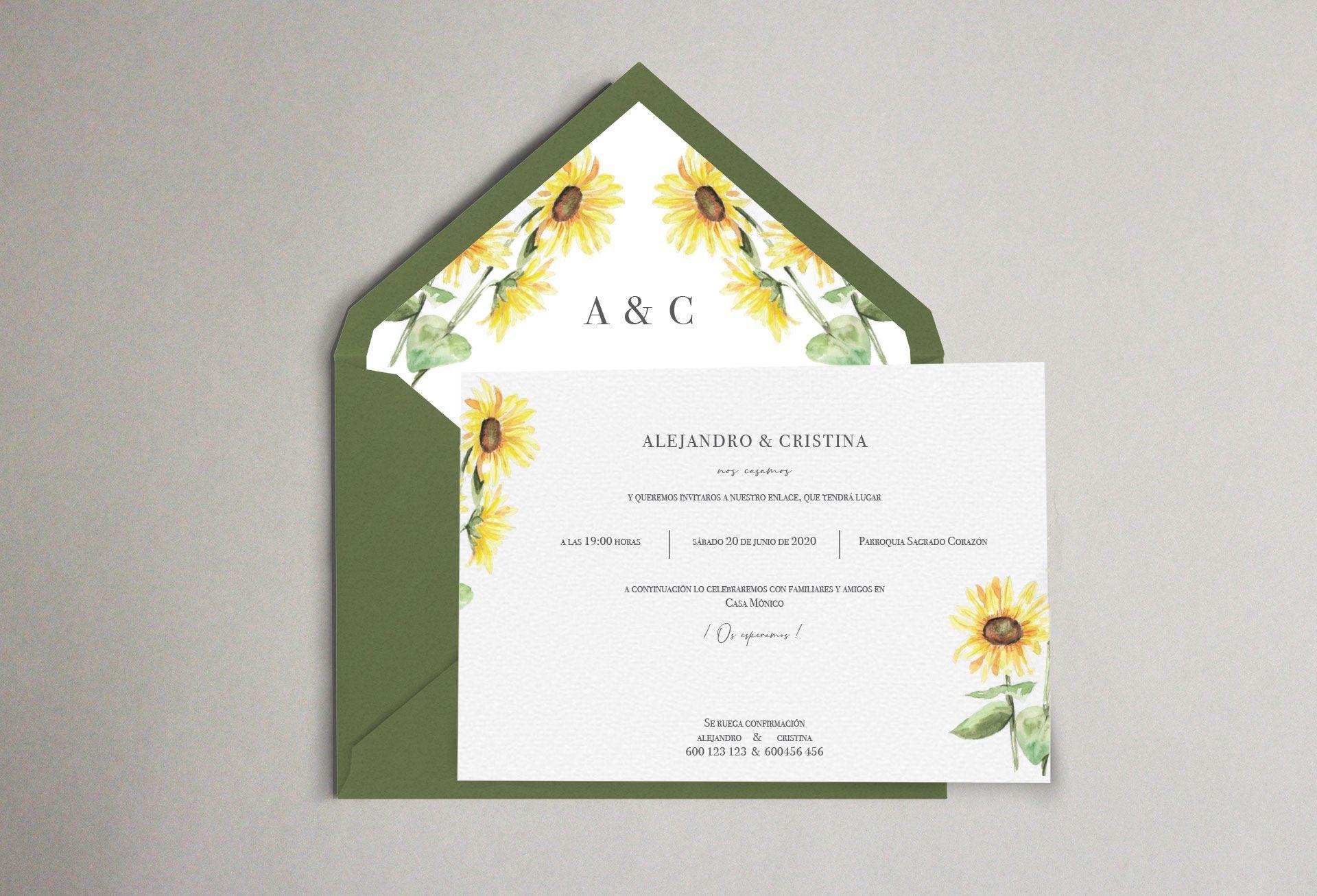 invitacion de boda con girasoles y sobre forrado artesanalmente con girasoles