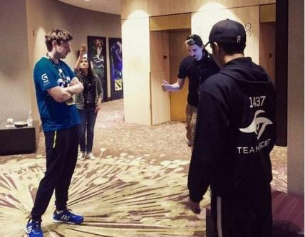 Cloud 9 and Team Secret toss the coin