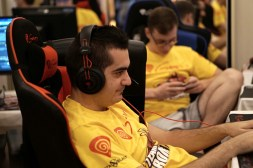 Ar1sE Dota 2 Team Romania