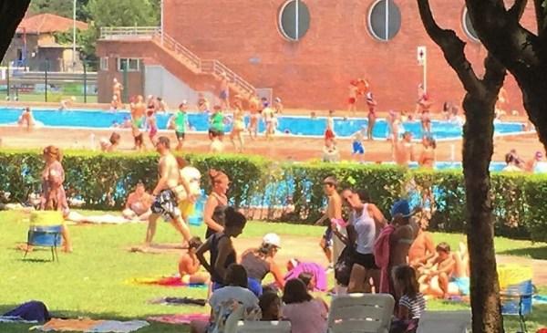 Imagen de las piscinas de Landako FOTO: dotb.eus