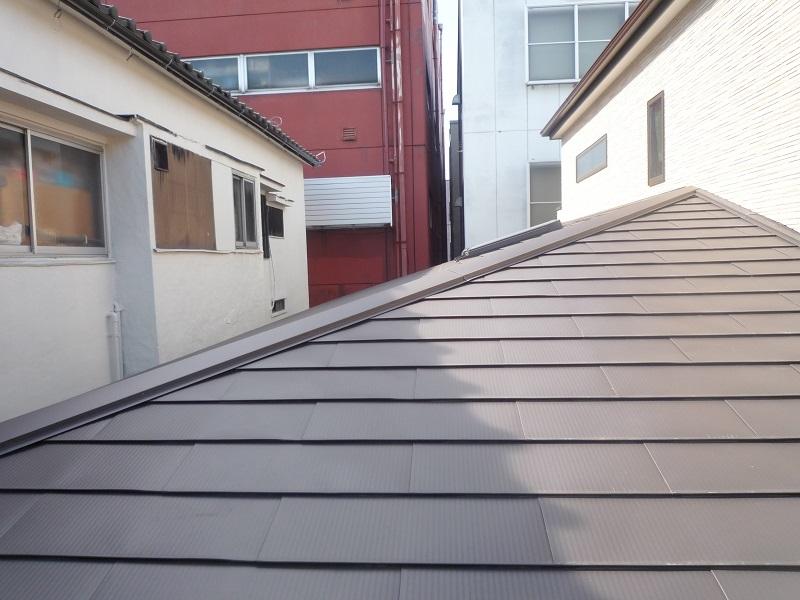 ガルバリウム屋根横張