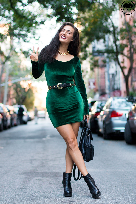 10 Ways To Look Flattering In Figure Hugging Dresses