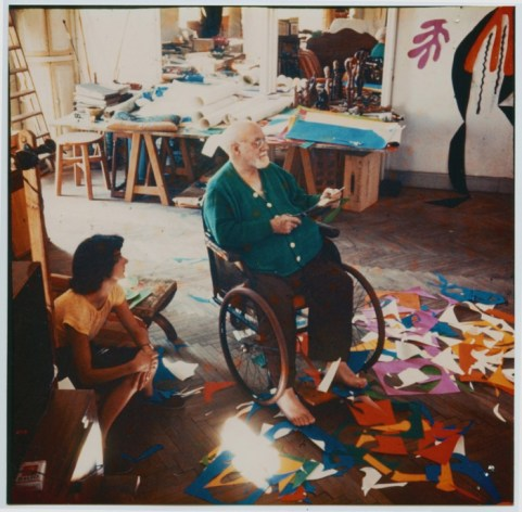 Matisse at the Hôtel Régina, Nice, c. 1952 Photographer- Lydia Delectorskaya © Succession Henri Matisse