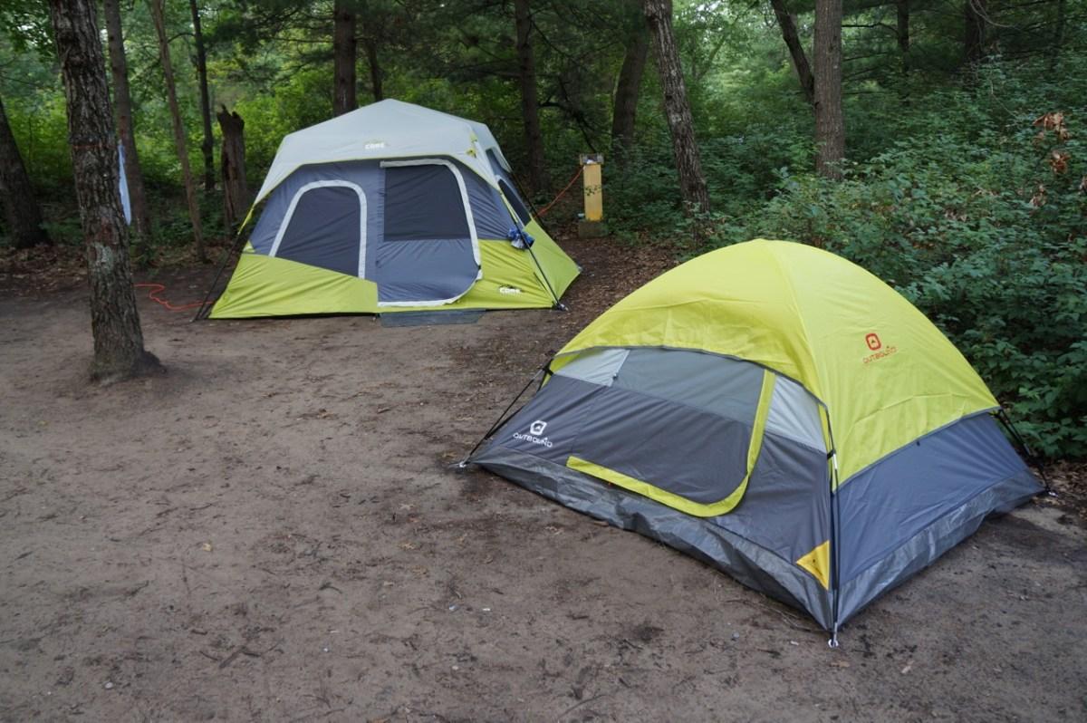 Две палатки