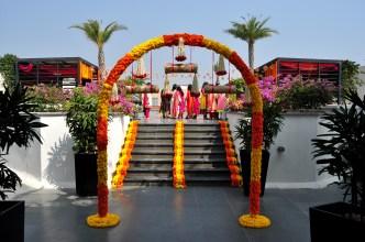A entrada. O evento foi realizado no terraço do hotel que estavamos hospedados Marigold, em Hyderabad.