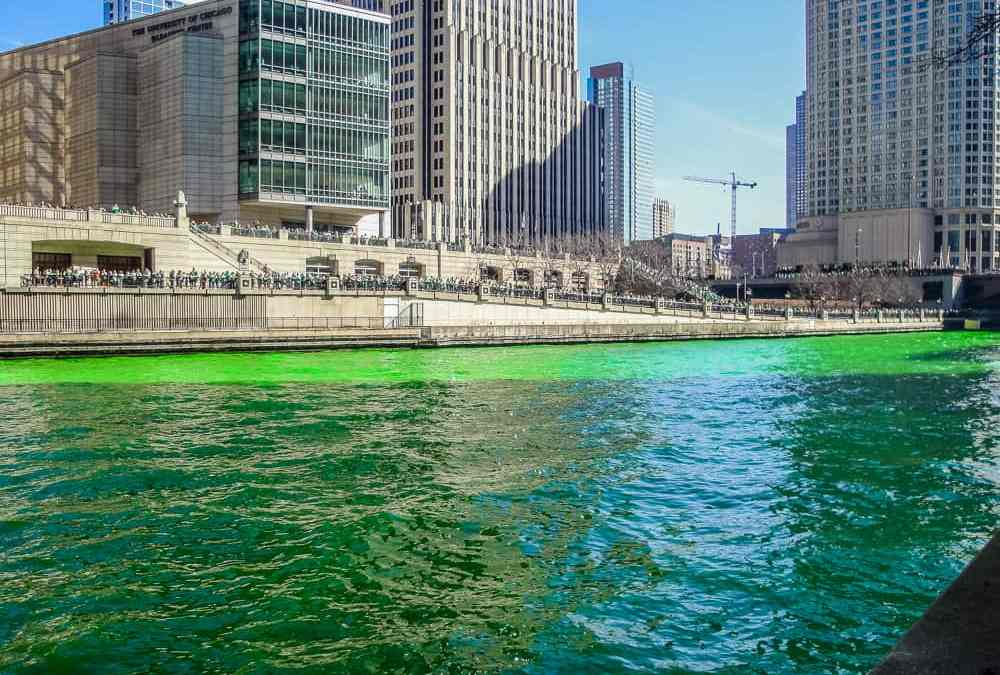 St. Patrick's Day river dyeing ceremony in Chicago