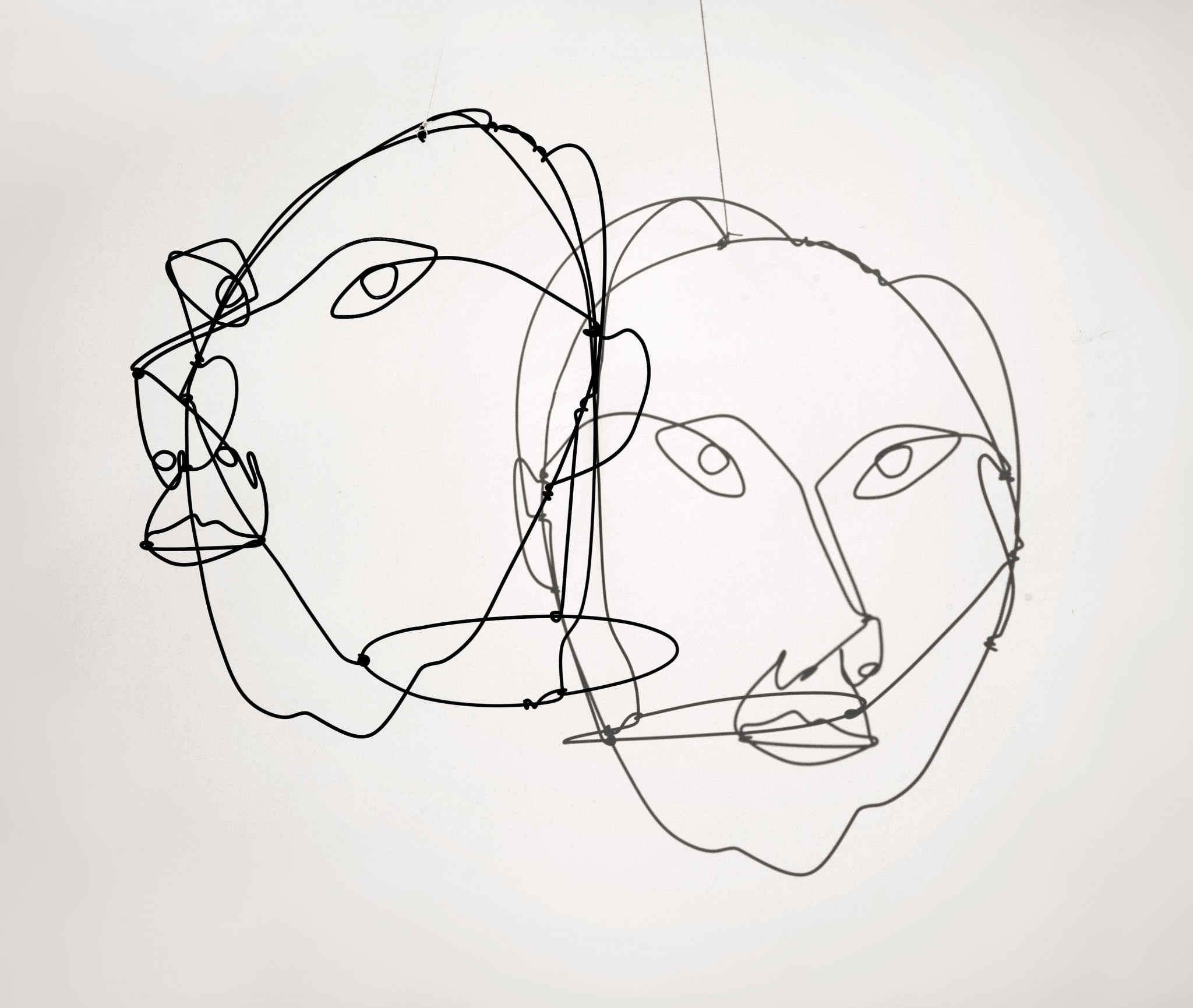 alexander-calder-portrait-of-giovanni-carandente-1967-wire-44-x-32-x-50-cm-calder-foundation-licensed-by-dacs-uk-courtesy-ronchini-gallery-and-museo-carandente-palazzo-collicola