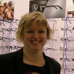 Vanessa responsable de la boutique optical discount à Douarnenez