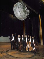 Dramatic setting for a double bass section