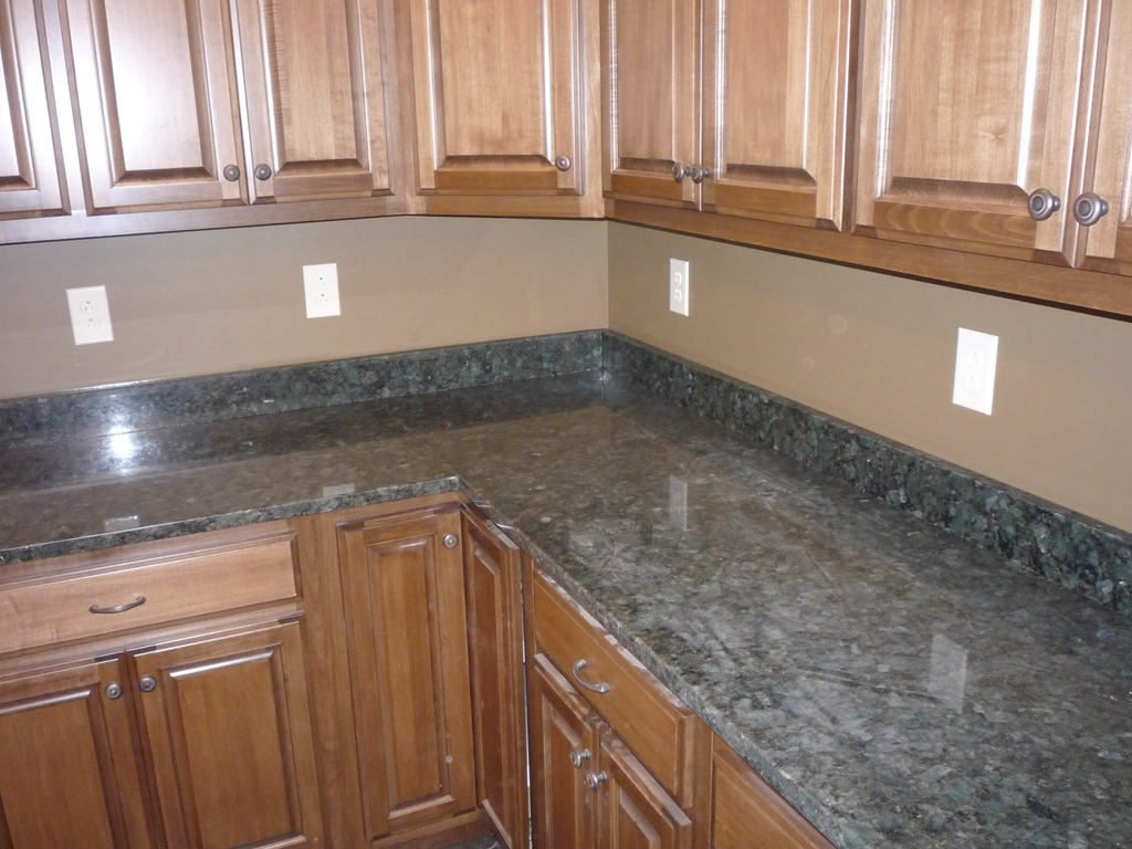 Construction Update 40   doublebhomestead on Granite Countertops And Backsplash  id=90205