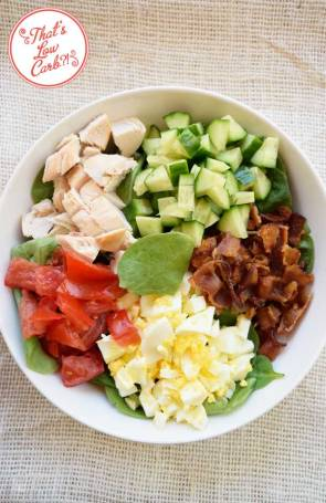 On a ketogenic diet/low carb diet? Check out these healthy low carb recipes for weight loss. These fat burning recipes are perfect ideas for lunch & dinner.