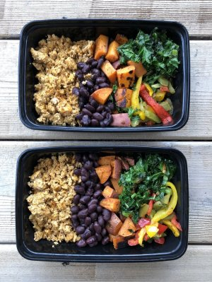 If you are having trouble coming up with tasty vegan recipes, you need to check out these delicious healthy recipes. These very healthy meals are perfect if you are looking to lose weight, tone your body, lose body fat, and build lean muscle. These high protein vegan recipes use fresh healthy vegan whole foods as a meat substitute. if you are planning to reach your health and fitness goals, but are living a vegan lifestyle, hurry up and add these healthy recipes to your vegan weightloss mealplan. #doublechinburgers #weightlossrecipesforwomen #healthyveganrecipes #bellyfatrecipes