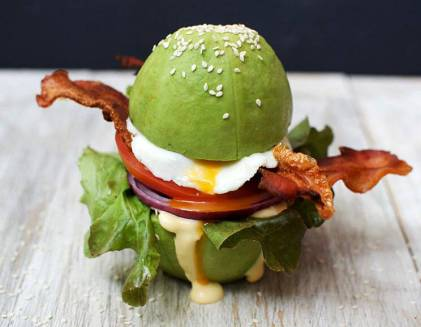 If you are having trouble coming up with healthy avocado recipes, you need to check out these healthy meal prep recipes. These healthy and delicious recipes will help you to lose weight, tone up, burn fat, and build lean muscle. We have found some of the best avocado breakfast recipes avocado lunch recipes and avocado dinner recipes! Avocado can help you boost metabolism and help you get rid of stubborn belly fat. #weightlossrecipesforwomen #Healthyfoods #Howtoloseweightfast #Doublechinburgers