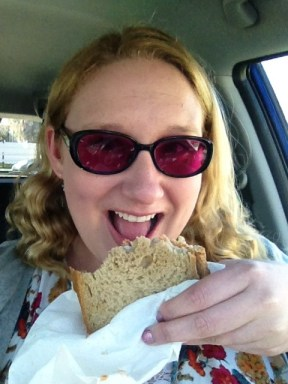 This week has been crazy - Diet to Go is truly a DIET TO GO as I ate my smoked chicken sandwich enroute to an offsite meeting! Don't worry, I was parked when I took this pic!