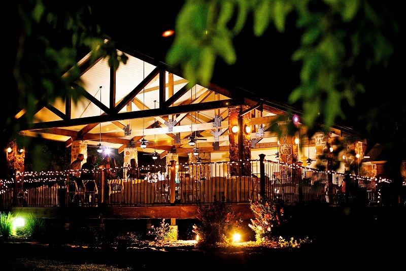 About double creek crossing outdoor wedding venue for Majestic homes bryan tx