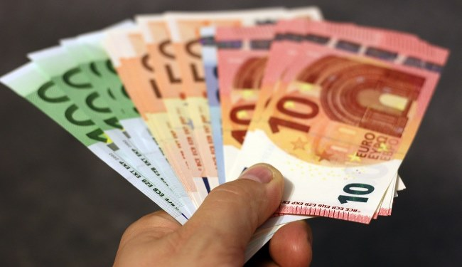 versamenti e prelevamenti bancari