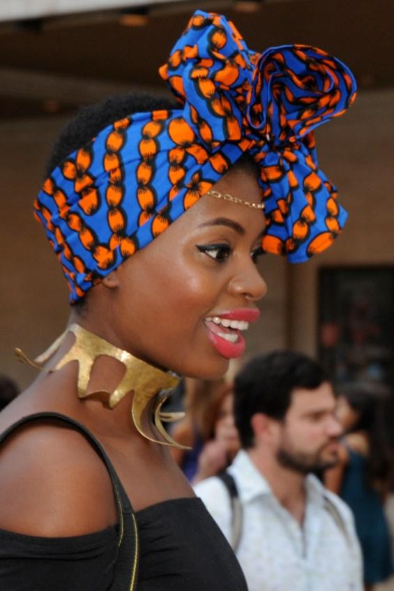 profile_headscarf