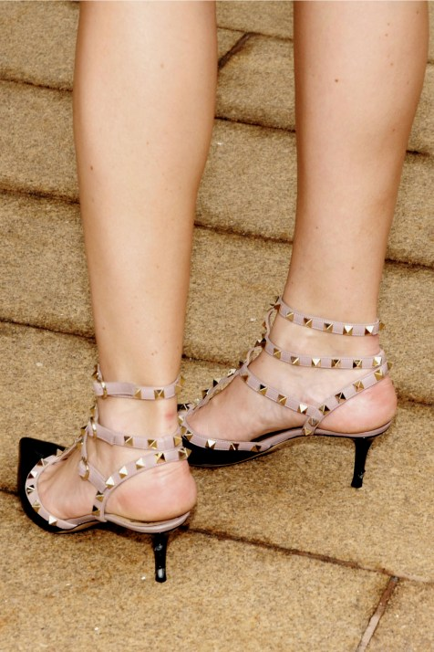 shoes_studs