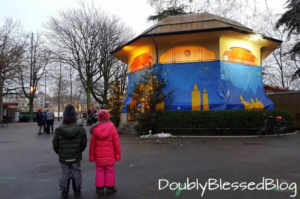 Zürich mit Kindern an Weihnachten - Kerzenziehen Bürkliplatz
