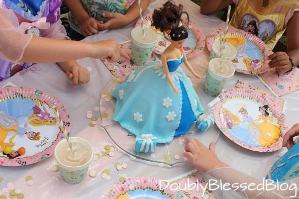 Prinzessinnenparty mit Prinzessinnenkuchen