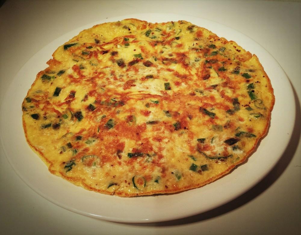 韭菜煎蛋 jiucai jiandan, Omelette à la ciboule