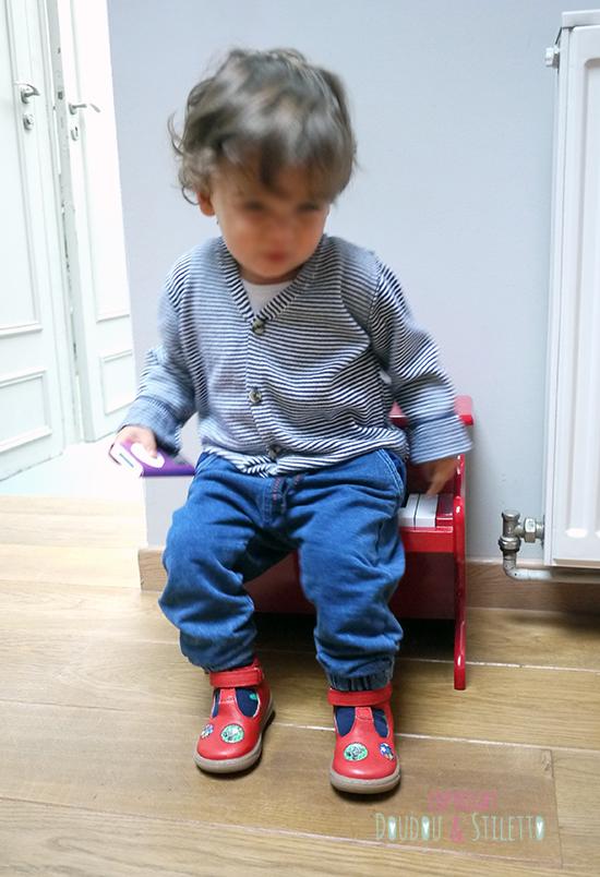 Gilet et pantalon Zara, chaussures Pom d'Api