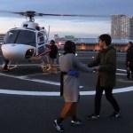 【感動】遠距離恋愛中の彼女にヘリを貸し切ってプロポーズ