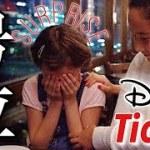 【感動】誕生日サプライズでディズニーチケットを渡してみたら…