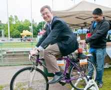 Ottawa loves their bikes and Capital VeloFest 2012 proved it