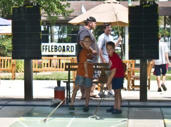 Free shuffleboard