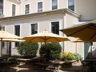 Historic Hotel Lakeside