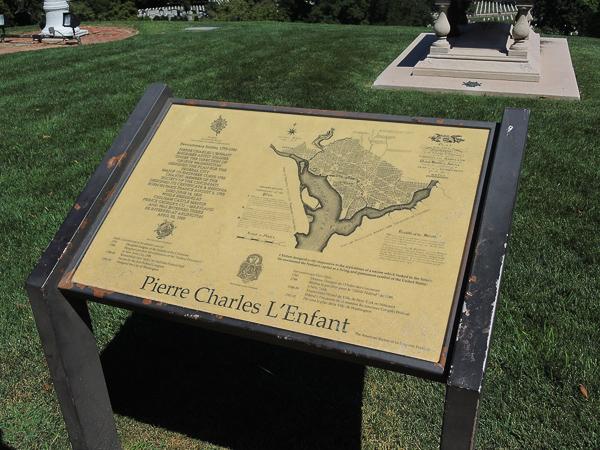 Plaque commemorating Pierre Charles L'Enfant