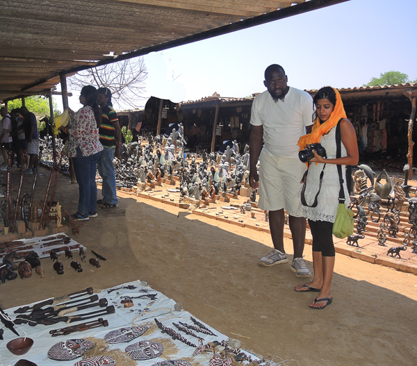 Victoria Falls craft prices can be negotiated - considerably