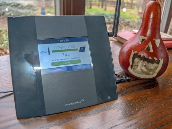 Amped Wi-Fi RAnge Extender TAP-EX