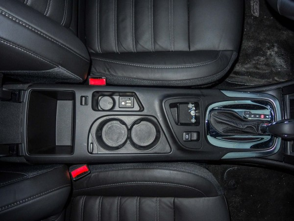 USB and SD ports on 2015 Buick Regal GS AWD