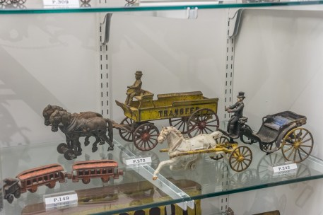 Antique toys at Flynt Center of Early New England Life