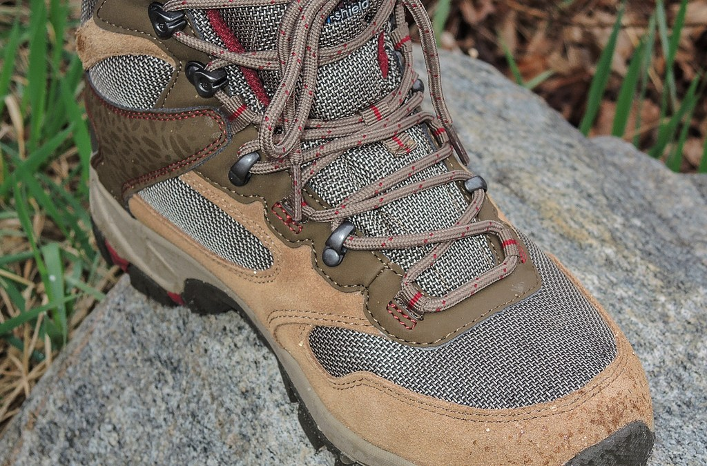 Hi-Tec Altitude Lite i WP boots for lightweight hiking comfort
