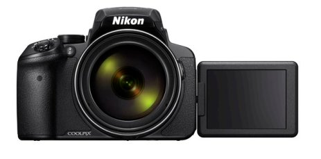 Nikon P900 with flip out screen