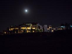 Houses in Dubai. Olympus 17mm f1.8 Street photography