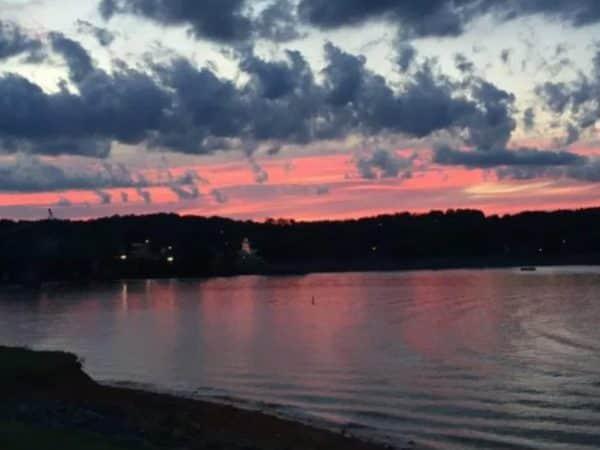 Lake-View-Home-Page-3