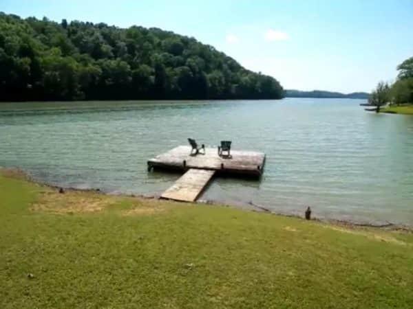 Lake-View-Home-Page-8