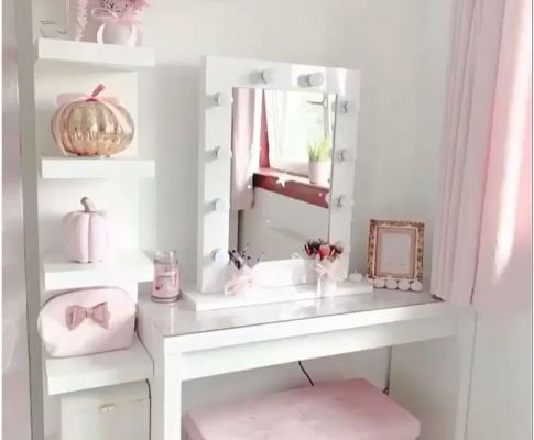 70+ Choose the Best Interior Design Ideas to Create a Beauty Makeup Room